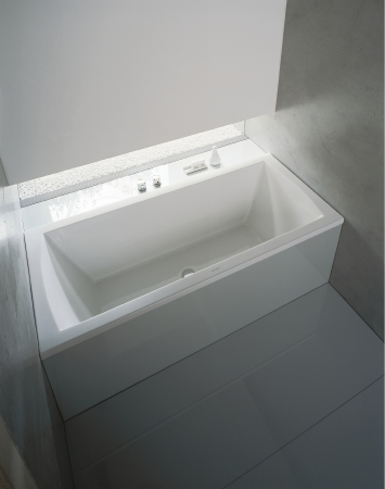 Duravit bathroom series daro bath tubs from duravit for Duravit architec tub
