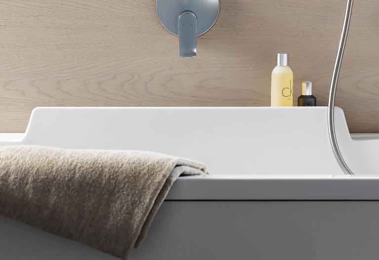 a bathtub like no other - Whirlpool Badewanne Designs Jacuzzi