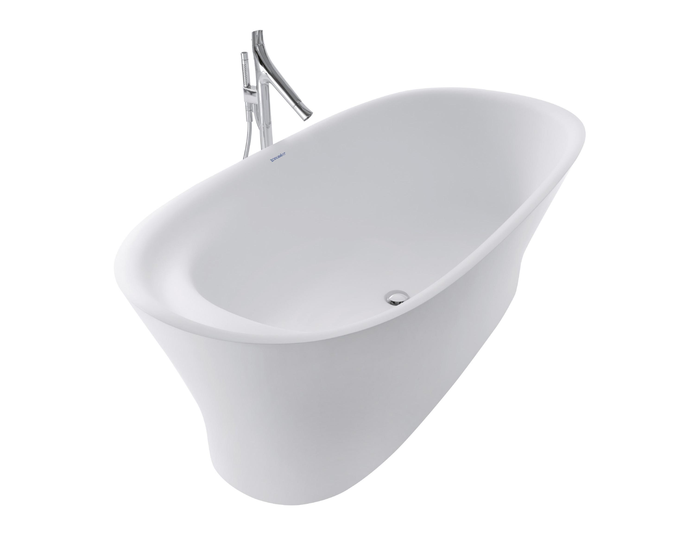 Spectacular Bathtub With Luxurious Detail