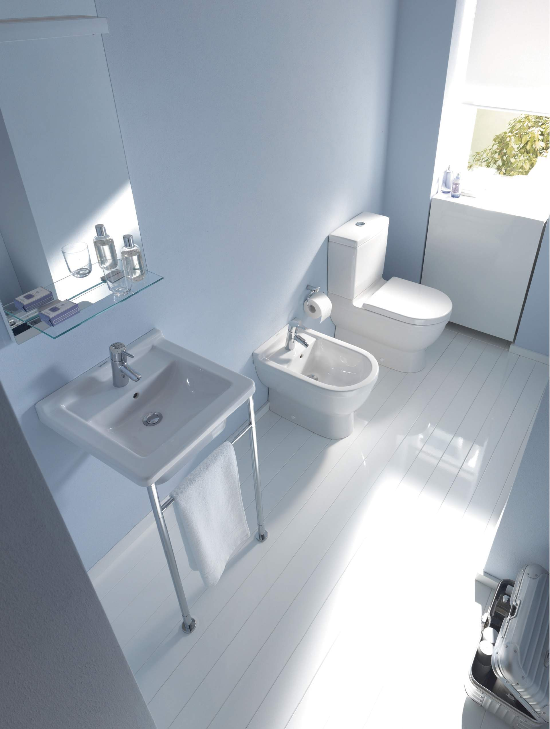 starck 3 toilet close coupled 012809 duravit. Black Bedroom Furniture Sets. Home Design Ideas