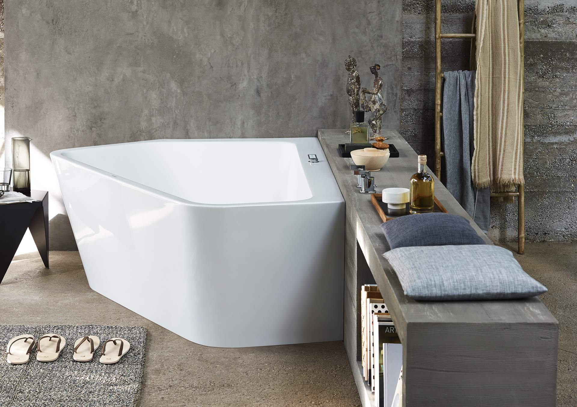 Duravit Paiova 5: Newest addition to the bathtub family | Duravit